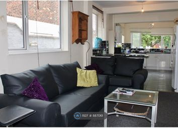 Thumbnail Room to rent in Marlborough Avenue, Hull