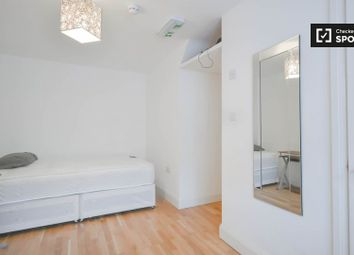 Thumbnail Room to rent in Brooks Road, London