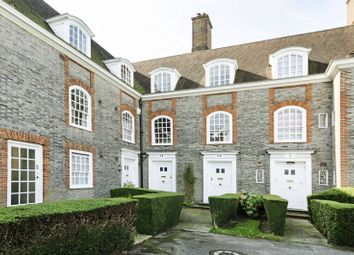 Thumbnail 4 bed flat for sale in South Square, Hampstead Garden Suburb