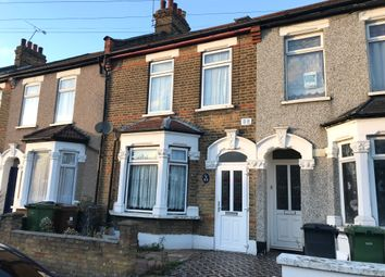 Thumbnail 5 bedroom terraced house to rent in Whalebone Grove, Romford