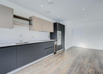 3 bed flat to rent in Chadwick House, Watteau Square, Grafton Quarter, Croydon CR0