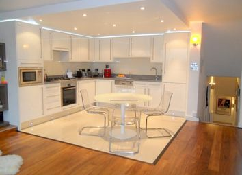 Thumbnail 4 bed flat to rent in Westside, 68 Fortis Green, East Finchley, London