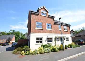 3 bed town house for sale in Rufford Gate, Bracknell, Berkshire RG12