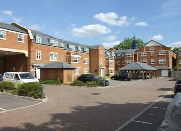 2 bed flat to rent in The Clock Tower, Woking GU21