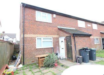 Thumbnail 1 bedroom flat for sale in Alder Crescent, Luton