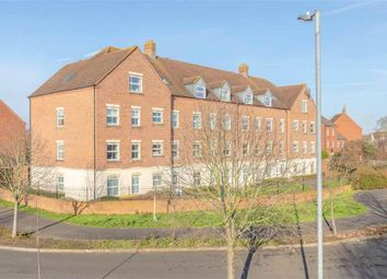 Thumbnail 2 bed flat for sale in James Meadow, Langley Woods, Berkshire