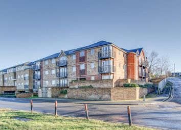 Thumbnail 2 bed flat to rent in Old Watford Road, Bricket Wood, St Albans