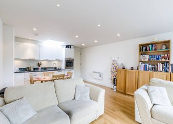 Thumbnail 1 bed flat for sale in Old Street, St Lukes
