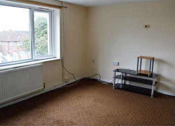 Harlech Gardens, Hounslow, Middlesex TW5. 2 bed flat