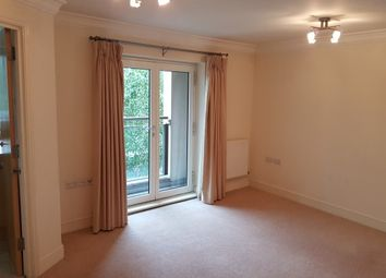 Thumbnail 2 bed flat to rent in Kings Gate, Horsham