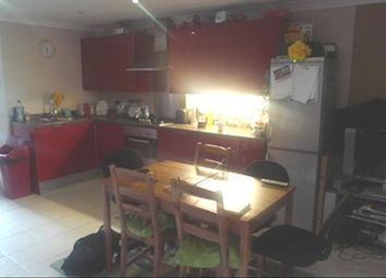 Thumbnail 4 bed flat to rent in Centurion Close, Islington, London