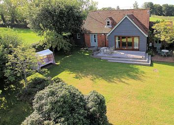 Shirvells Hill, Goring Heath, Reading RG8. 3 bed detached house