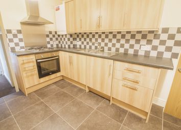 Thumbnail 1 bed flat to rent in Alma Road, Windsor