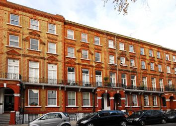 Thumbnail 3 bed flat to rent in Nevern Square, Earls Court