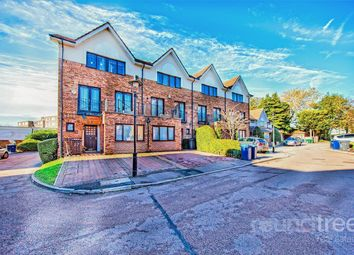 4 bed town house for sale in Hollyview Close, London NW4