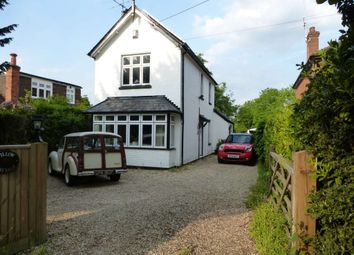 Thumbnail 2 bed detached house to rent in Reading Road, Finchampstead, Wokingham