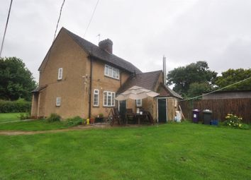 Thumbnail 3 bedroom property to rent in Kimpton, Hitchin