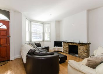 4 bed property to rent in Simpson Street, Battersea, London SW11