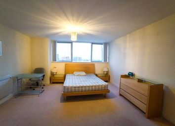 Thumbnail 1 bedroom property to rent in Switch House, Blackwall Way, Canary Wharf, London