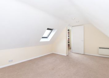 Thumbnail 3 bed flat to rent in Mayes Lane, Warnham, Horsham