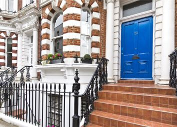 Thumbnail 2 bed flat to rent in Hornton Street, London