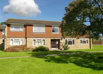 Thumbnail 2 bed flat for sale in Park Lane, Kemsing