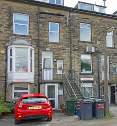 Thumbnail 1 bed flat to rent in Bingley Road, Shipley