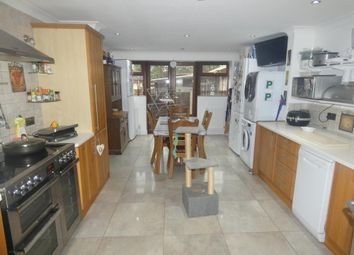 Thumbnail Room to rent in Gables Close, Holmewood, Chesterfield
