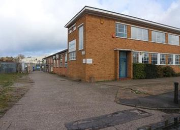 Thumbnail Light industrial to let in 2-4 Cremyll Road, Reading, Berkshire