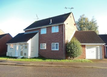 Thumbnail 2 bed maisonette to rent in Bluebell Avenue, Clacton-On-Sea