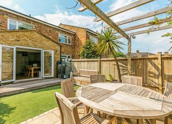 Thumbnail 2 bed property for sale in Bexhill Road, East Sheen
