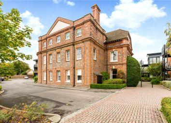 Thumbnail 2 bedroom flat for sale in Maplespeen Court, Newbury, Berkshire