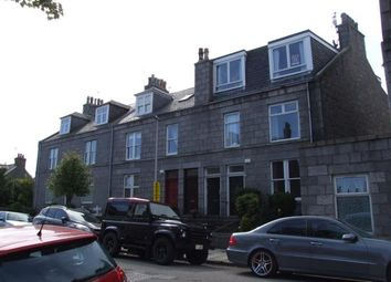 Thumbnail 2 bed flat to rent in Brighton Place, Aberdeen