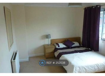 Thumbnail 4 bed flat to rent in Overhill Road, London