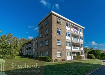 Thumbnail 2 bed flat for sale in Turners Hill, Cheshunt, Herts