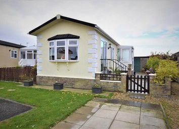 Thumbnail 2 bed mobile/park home for sale in Swan Drive, Beacon Park Home Village, Skegness
