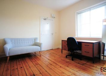 Room to rent in H Victoria Square, Jesmond, Newcastle Upon Tyne NE2