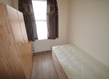 Thumbnail Room to rent in Birkbeck Road, London