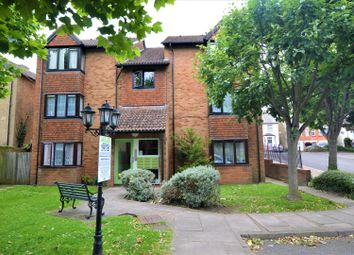 Thumbnail Studio to rent in Keswick Court, 124 Stoke Road, Slough