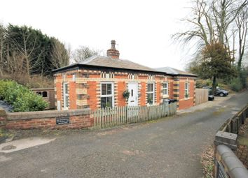 Thumbnail 4 bedroom property for sale in Holmes Chapel Road, Over Peover, Knutsford