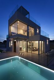 Thumbnail 3 bed villa for sale in Avenida Barcelona 03509, Finestrat, Alicante