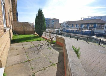 Thumbnail 2 bed flat for sale in Coates Quay, Chelmsford