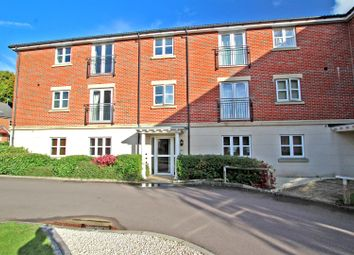 2 bed flat to rent in Rowley Drive, Sherwood, Nottingham NG5