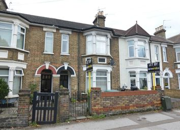 Thumbnail 2 bedroom maisonette to rent in Turners Hill, Cheshunt, Waltham Cross, Hertfordshire
