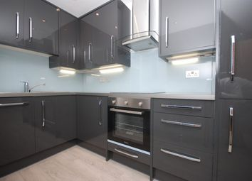 Thumbnail 2 bed flat to rent in Spelman Street, London