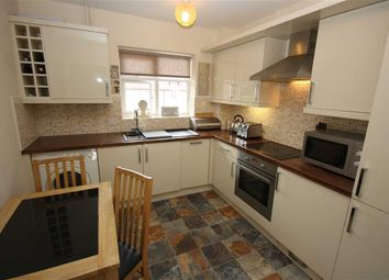 Thumbnail 2 bed flat to rent in 27 Stockbridge Road, Elloughton