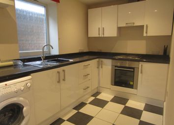 Thumbnail 2 bed flat to rent in London Road, Horndean, Waterlooville, Hampshire