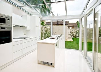 Thumbnail 5 bed property to rent in Court Close, St Johns Wood Park, St Johns Wood