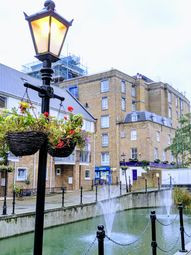 Thumbnail Room to rent in Albert Mews, London