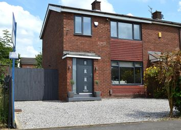 Thumbnail 3 bed town house for sale in Medway Road, Hollinwood, Oldham